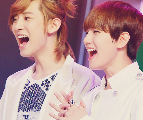 baekyeol-happy
